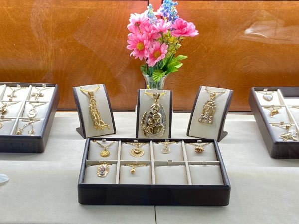 midtown-pawn-and-jewelry-fort-myers-14k-charms-1