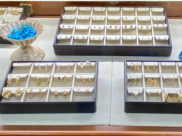 midtown-pawn-and-jewelry-fort-myers-earrings