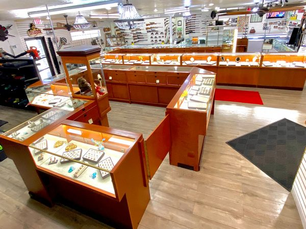 midtown-pawn-and-jewelry-fort-myers-store-interior-1
