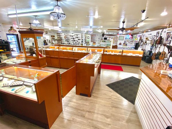 midtown-pawn-and-jewelry-fort-myers-store-interior-4